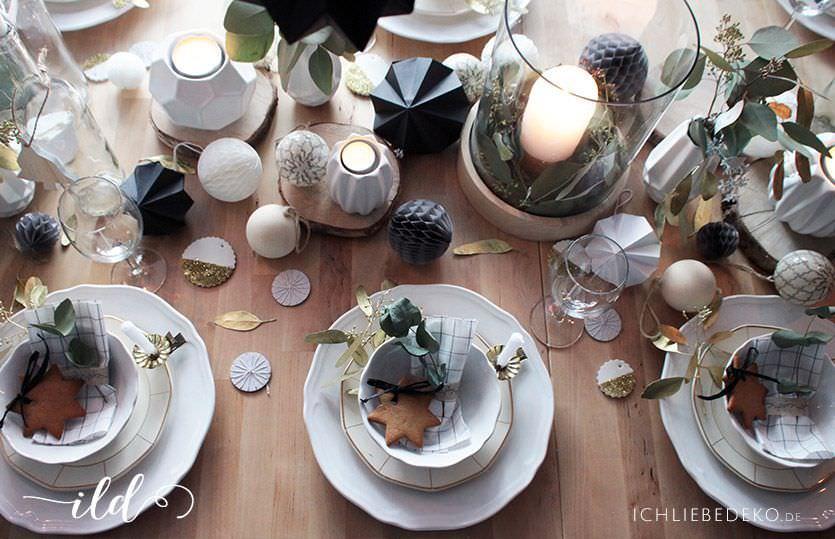 Weihnachtstischdeko In Schwarz Weiss Gold Mit Einem Hauch Natur Ich