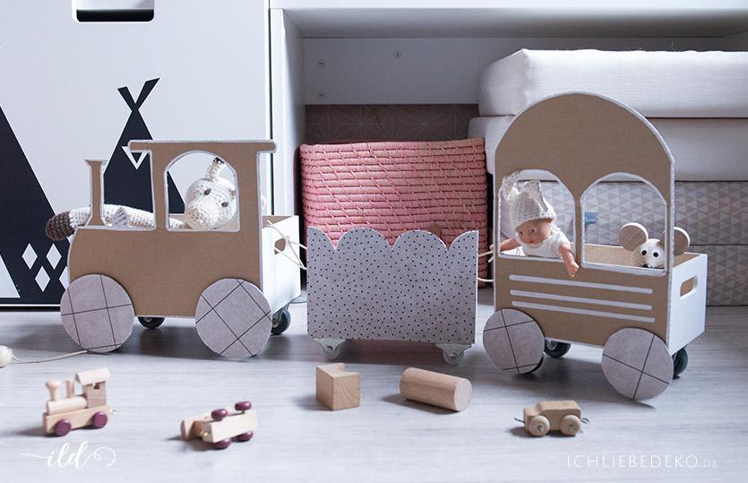 DIY Spielzeugzug aus Pappe fürs Kinderzimmer