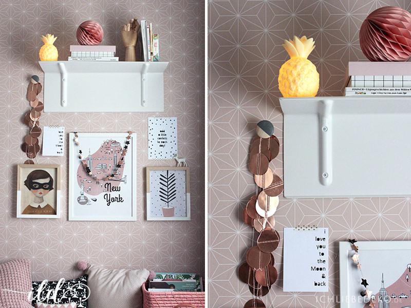 Bücherregal-von-HAY-und-Bildergalerie-im-Mädchenzimmer