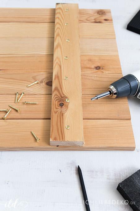 DIY-Gartentisch-aus-Holz-Step-3