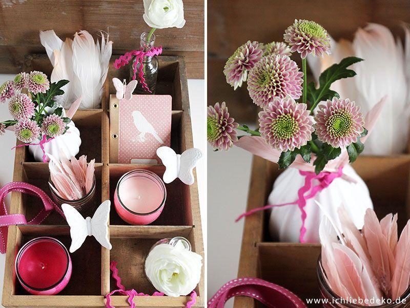 Dekoration-mit-frischen-Blumen