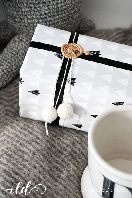 Geschenkverpackung-mit-Siegel