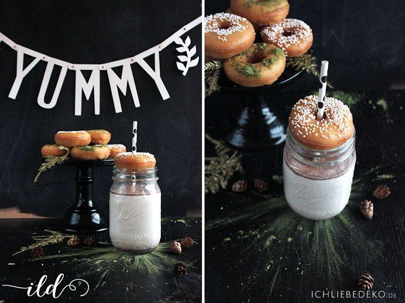 Heiße-Milch-mit-Donuts
