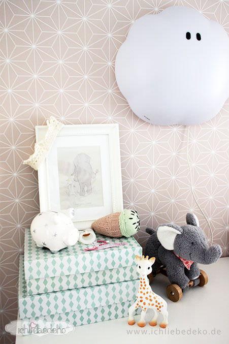 Kinderzimmerdeko-mit-grafischen-Mustern