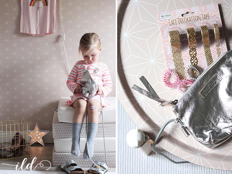 Kleider-und-Accessoires-für-Mädchen-im-Glitzerlook