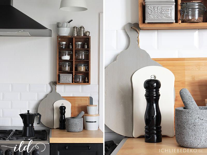 Kochen-in-einer-Küche-im-Skandi-Look