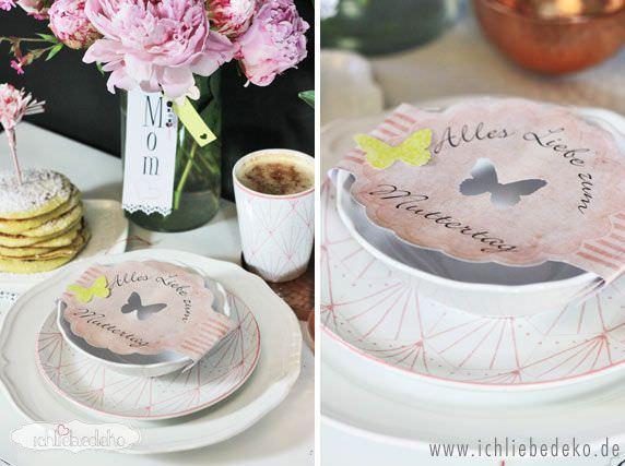 Muttertagsbrunch mit selbstgemachter Umverpackung bei der Tischdeko