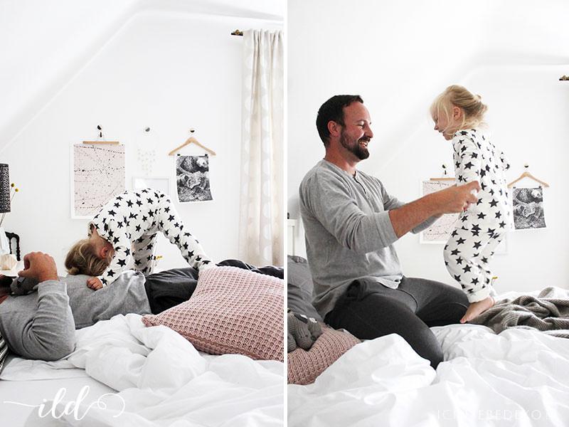 Quatsch-im-Familienbett-im-Schlafzimmer