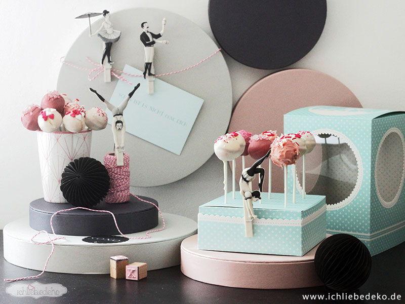 Rosa-Cakepops-zum-Valentinstag
