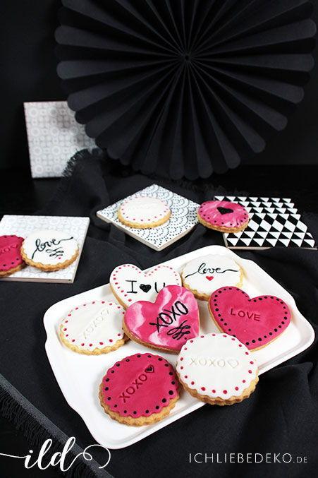 Selbstgemachte Kekse zum Valentinstag