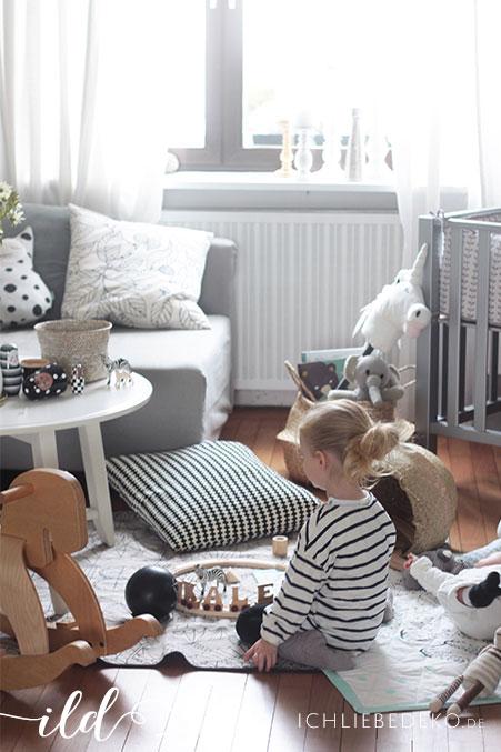 Spielspaß-im-Wohnzimmer