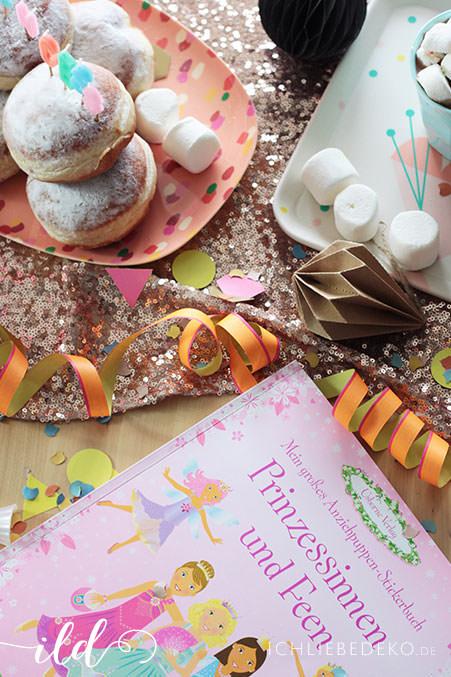 Stickerbuch-Prinzessinen-und-Feen