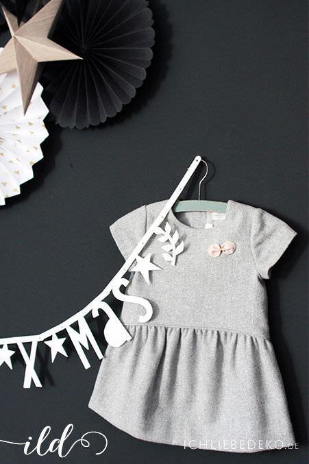 Weihnachtsoutfit-für-Mädchen
