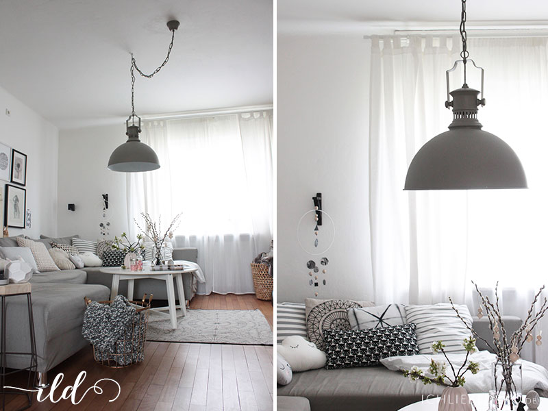 Wohnzimmer-mit-Deckenlampe-im-Industrielook
