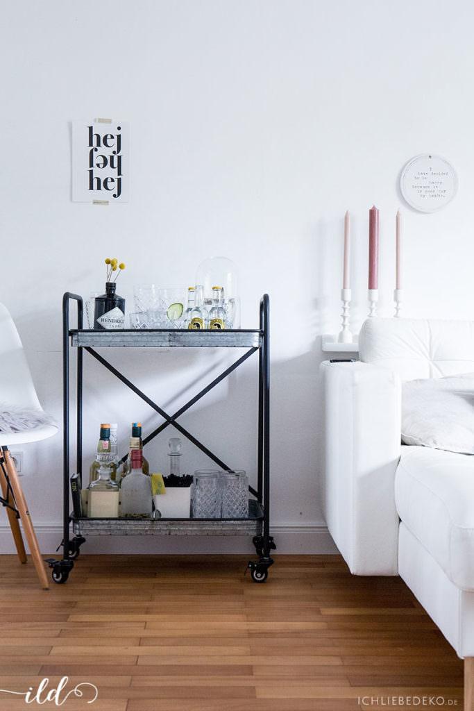 barwagen-im-wohnzimmer