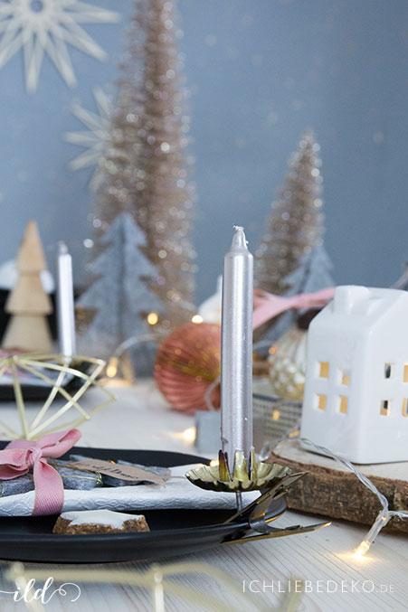 baumkerzen-als-highlight-fuer-die-weihnachtstischdeko