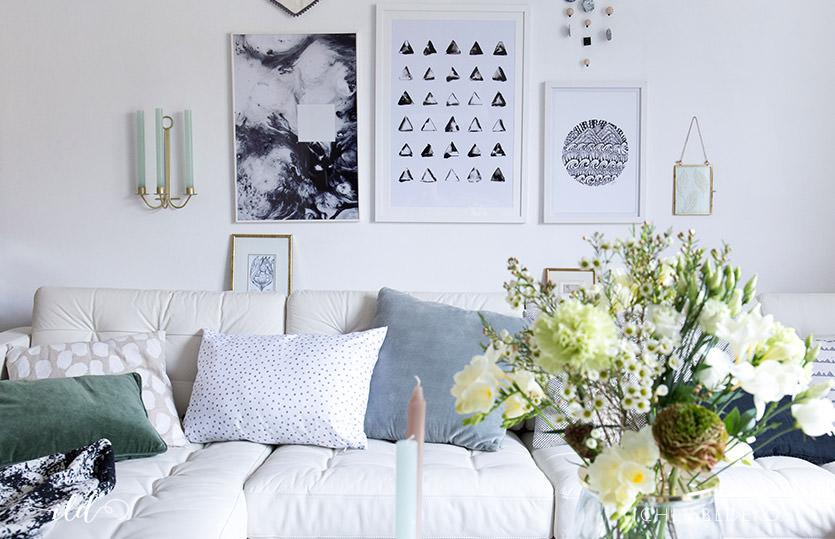 Roomtour: Hereinspaziert in unser helles Wohnzimmer im Monochrome-Look