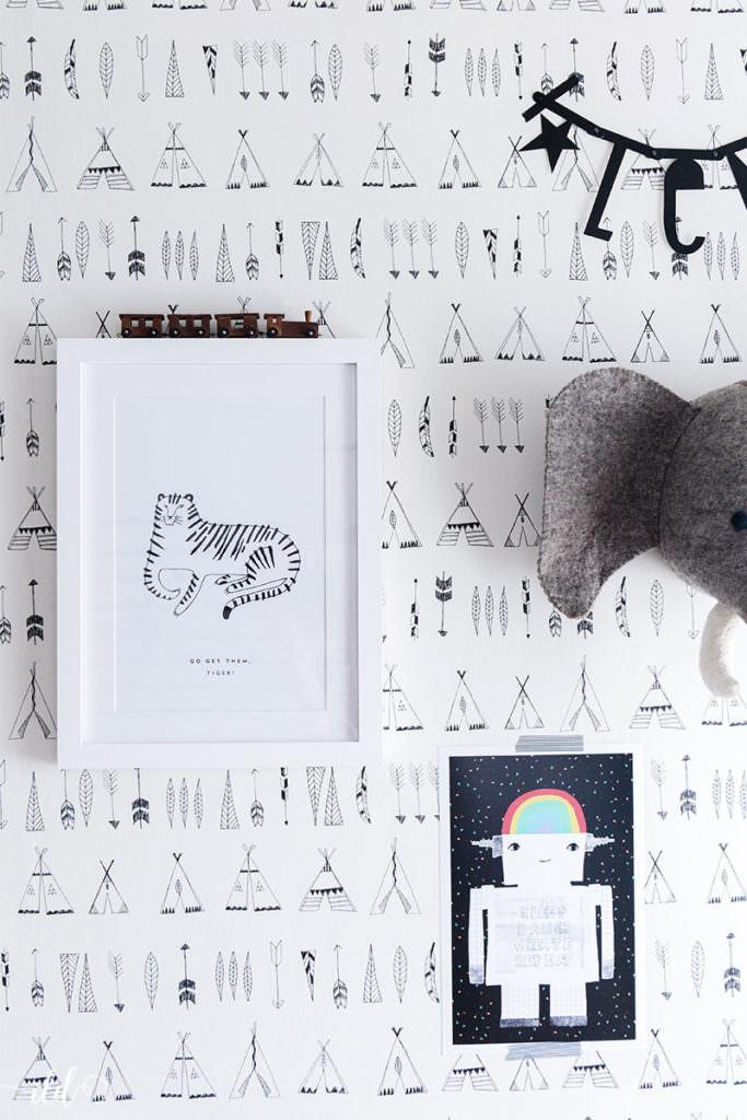 bildergalerie-mit-roboter-und-tiger-im-kinderzimmer