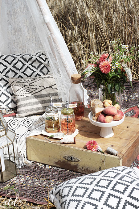boho-picknick-im-kornfeld