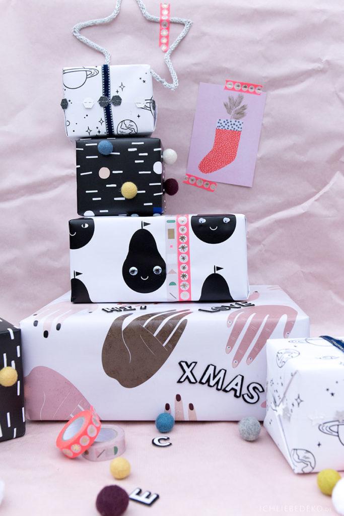 bunte weihnachtsgeschenkverpackung fuer kinder