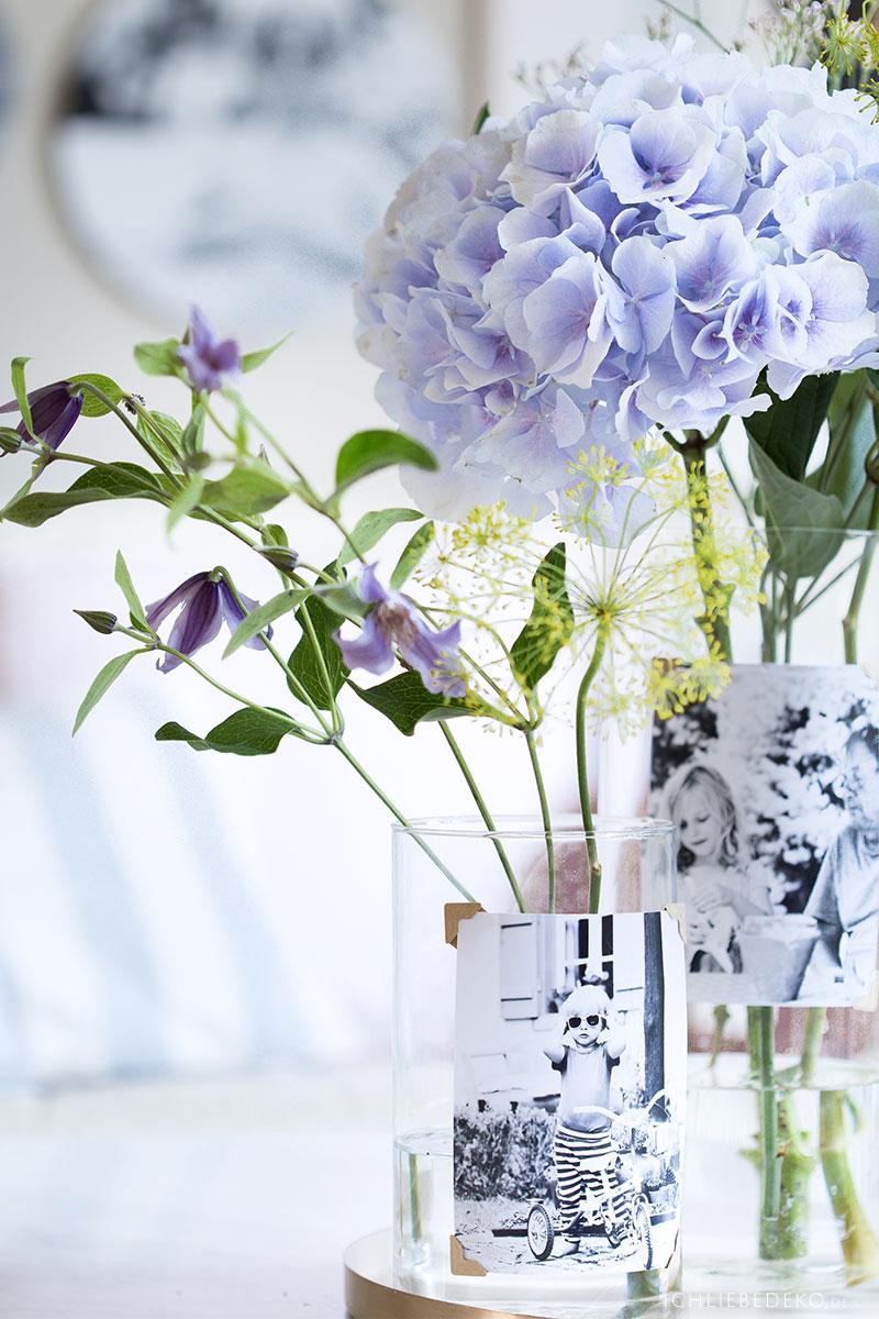 dekoration-mit-fotos-und-blumen