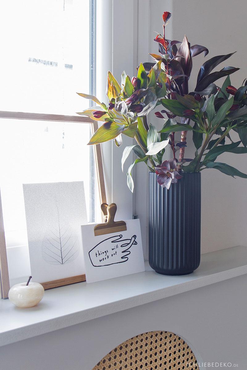 dekorieren-mit-vasen-schwarz-lyngby