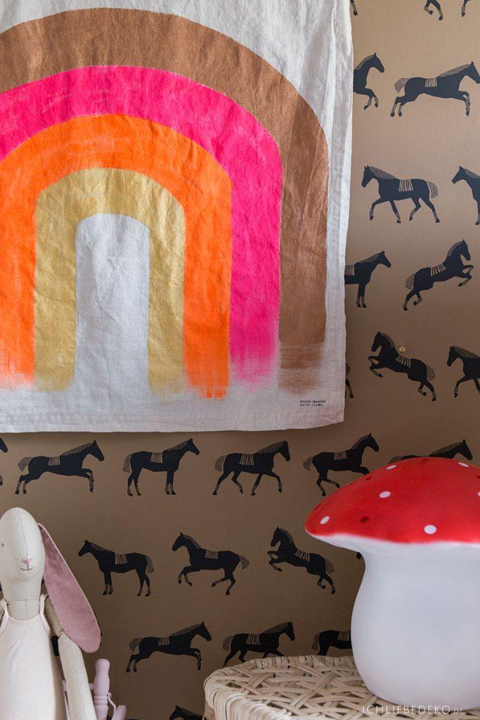 DIY Regenbogen Wanddekoration
