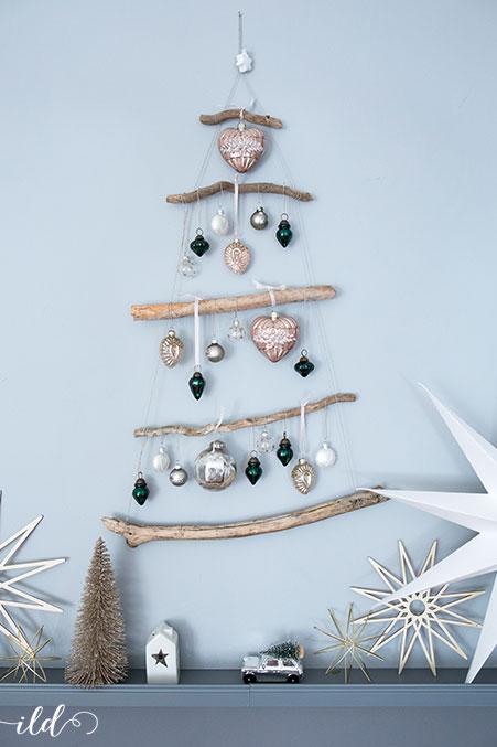 diy-weihnachtsbaum-aus-aesten