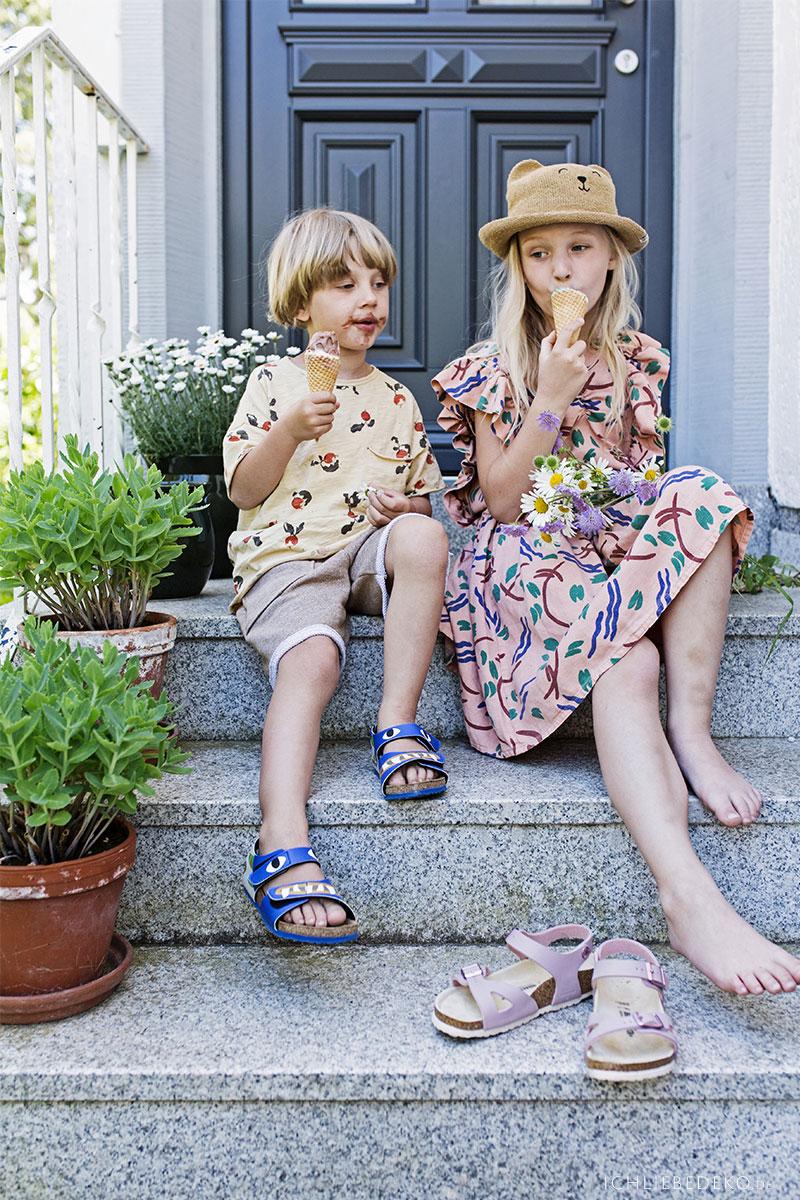 eis-mit-kindern-im-sommer-geniessen