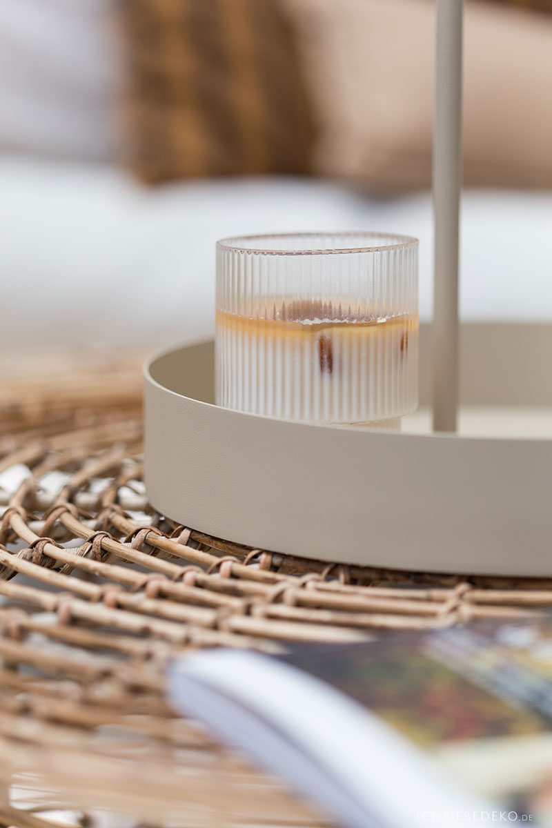 eiskaffee-in-ferm-living-glas