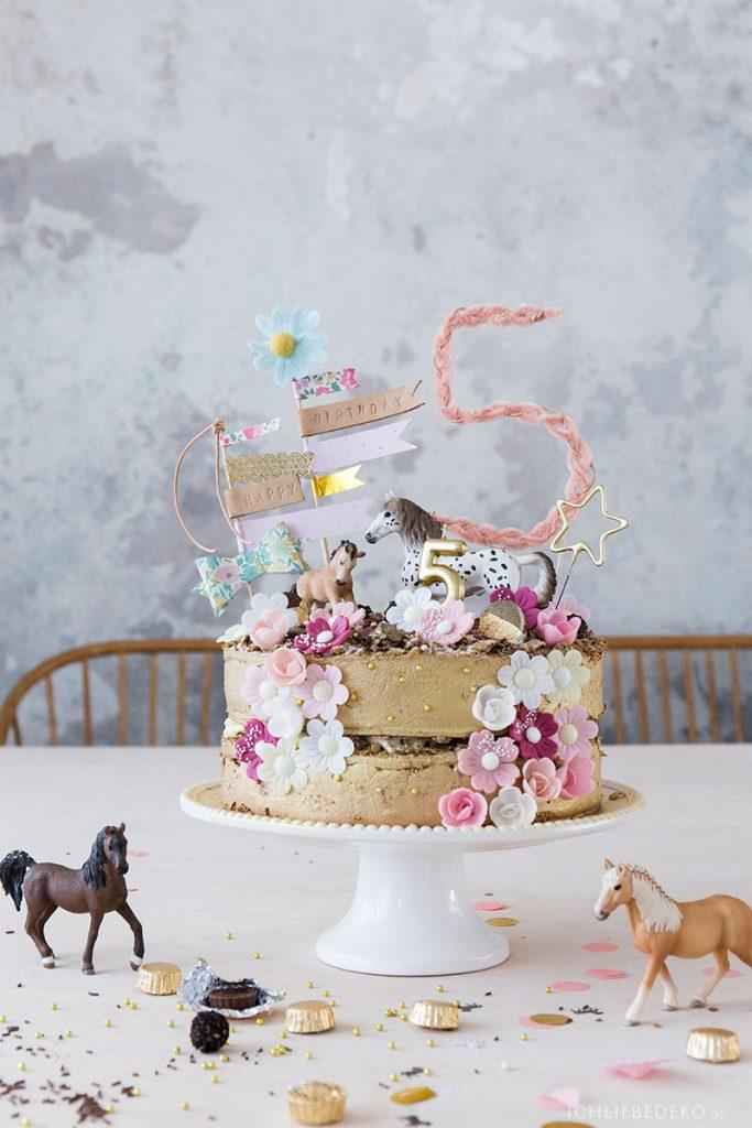 Geburtstagstorte Coppenrath und Wiese Pferdeparty