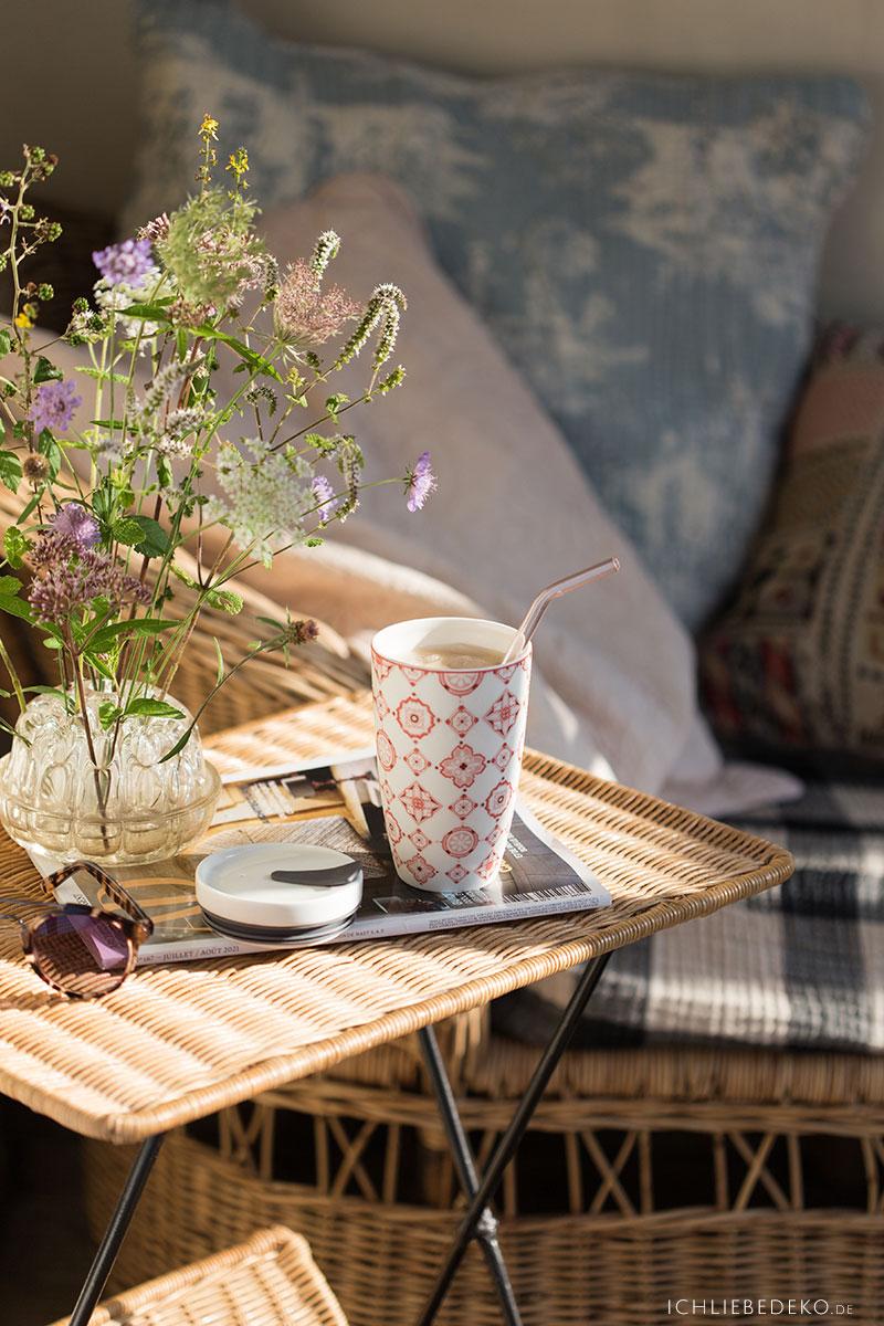 gemuetlicher-kaffee-als-auszeit