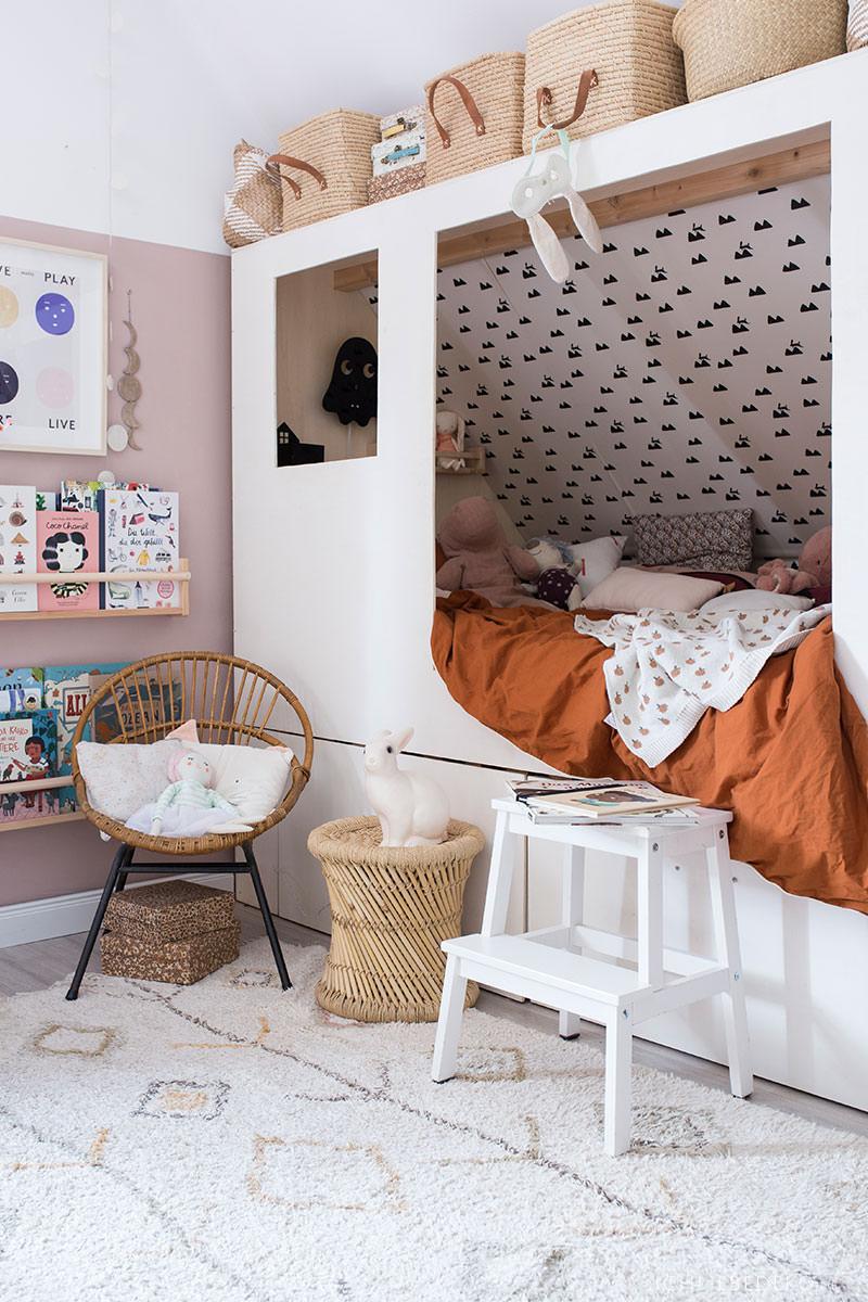 gemuetliches-kojenbett-im-kinderzimmer