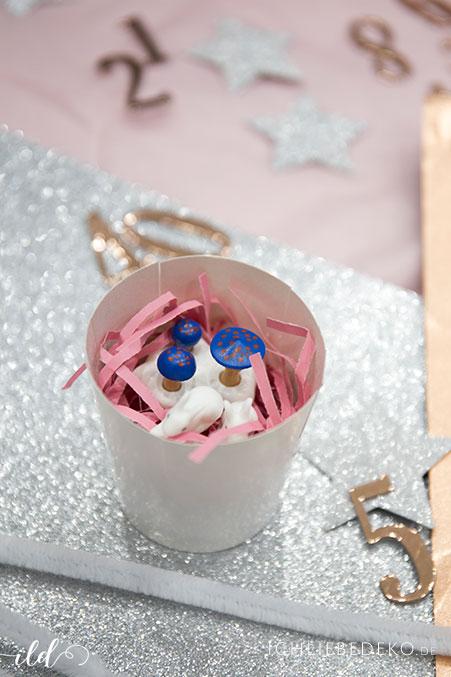geschenke-in-adventskalender-fuer-maedchen-packen
