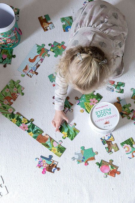 grosses-puzzle-von-crocodile-geek-als-ostergeschenk-fuer-kinder
