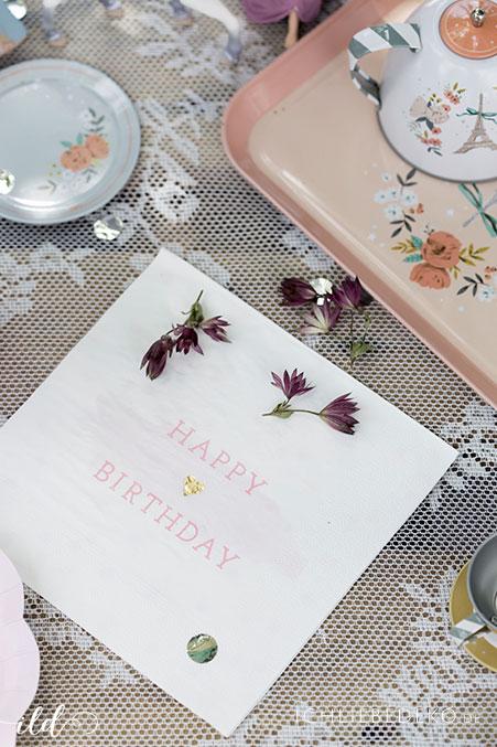 happy-birthday-serviette