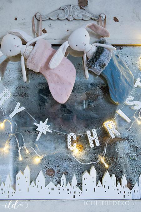 Weihnachtsdeko Roller.Skandinavische Weihnachtsdeko Im Wohnzimmer Jetzt Wird S Hyggelig