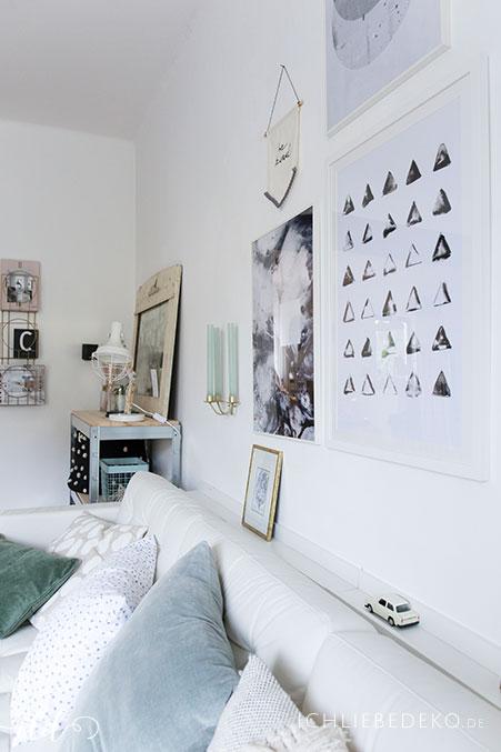 helles-wohnzimmer-im-skandinavischen-stil