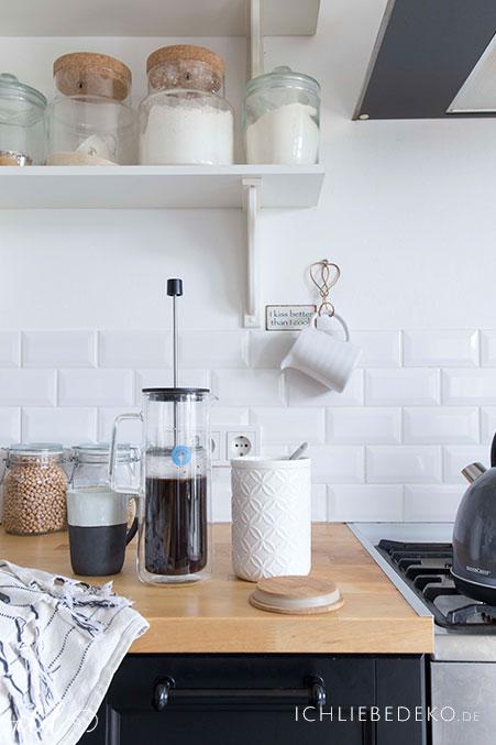 kaffee-zubereiten-mit-french-press-von-wmf