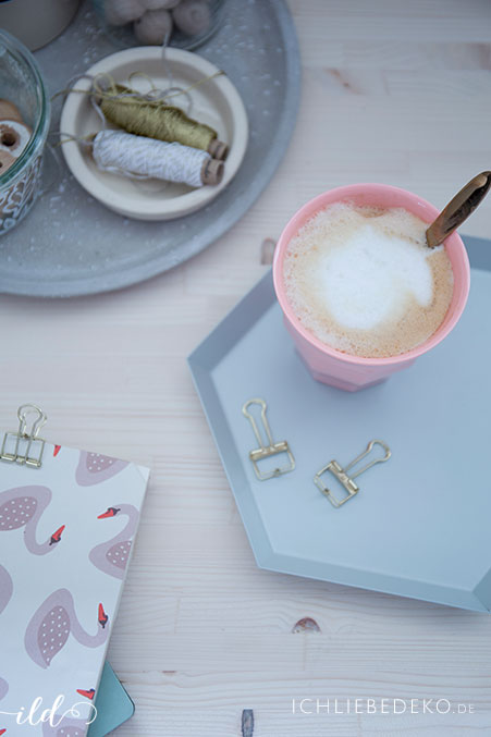 kaffeepause-im-homeoffice-mit-rice-und-hay