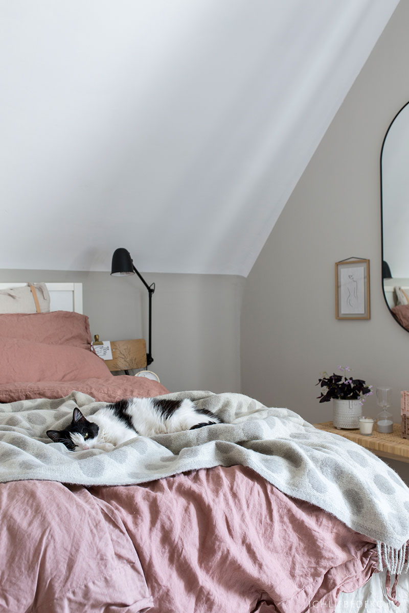 Textilien für mehr Gemütlichkeit im Schlafzimmer