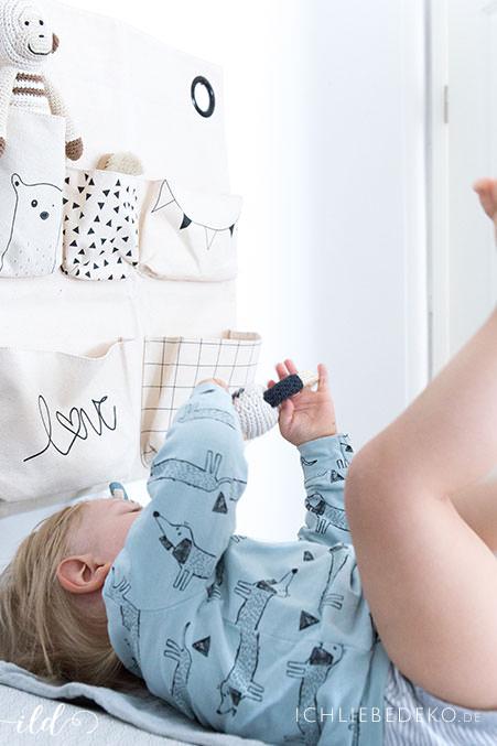 kidsroom-changing-station-for-toddler