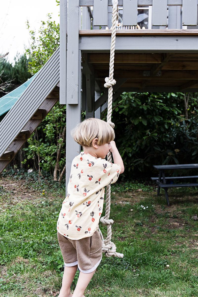 kinder-draussen-beschaeftigen