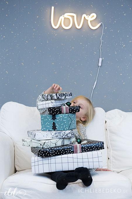 kreative-Geschenkverpackung-zu-weihnachten