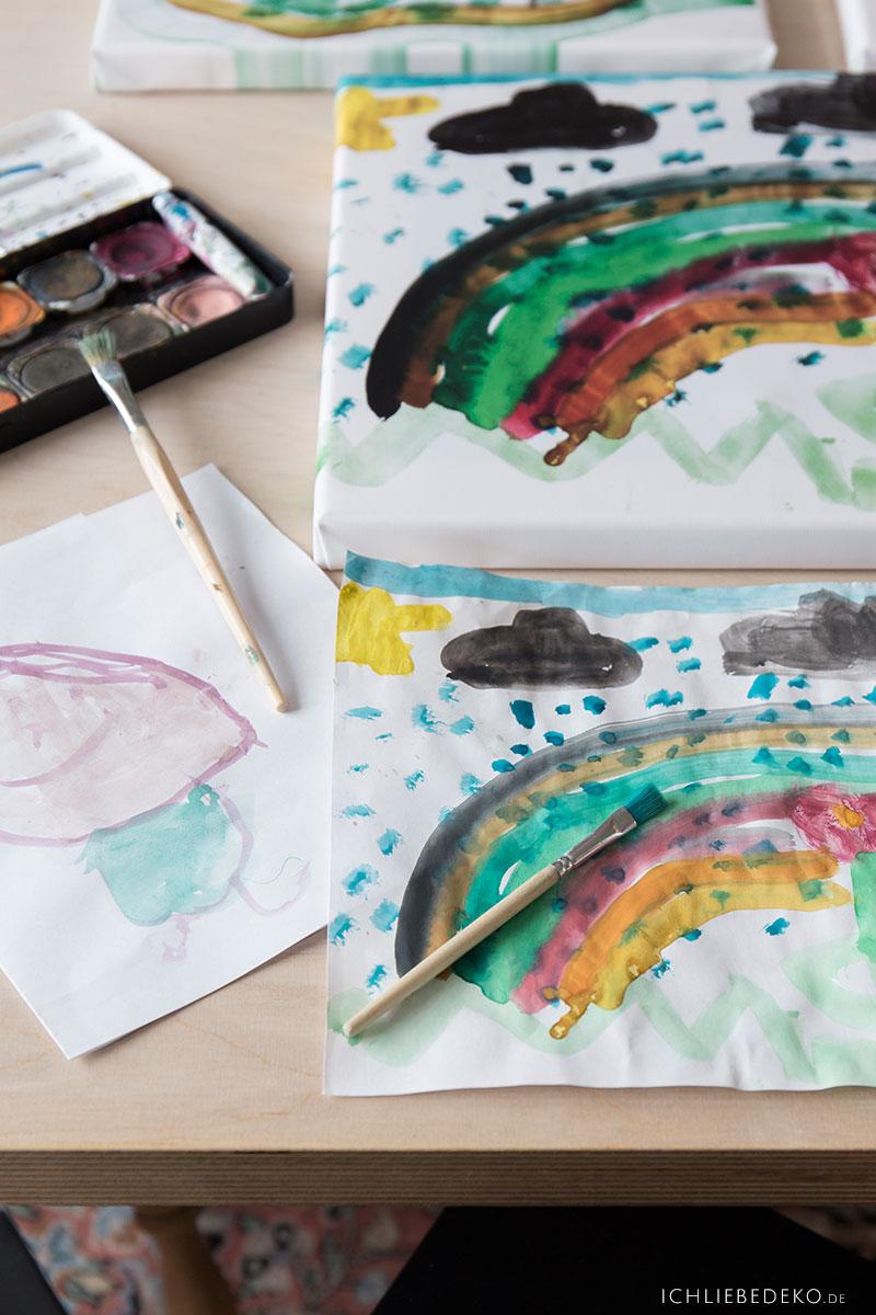 kreatives-malen-mit-kindern-mit-tusche