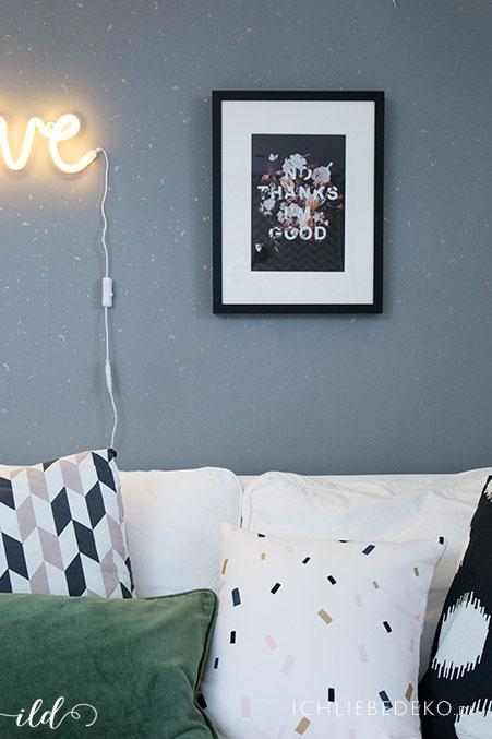 mehr-gemuetlichkeit-durch-stylische-poster-im-arbeitszimmer