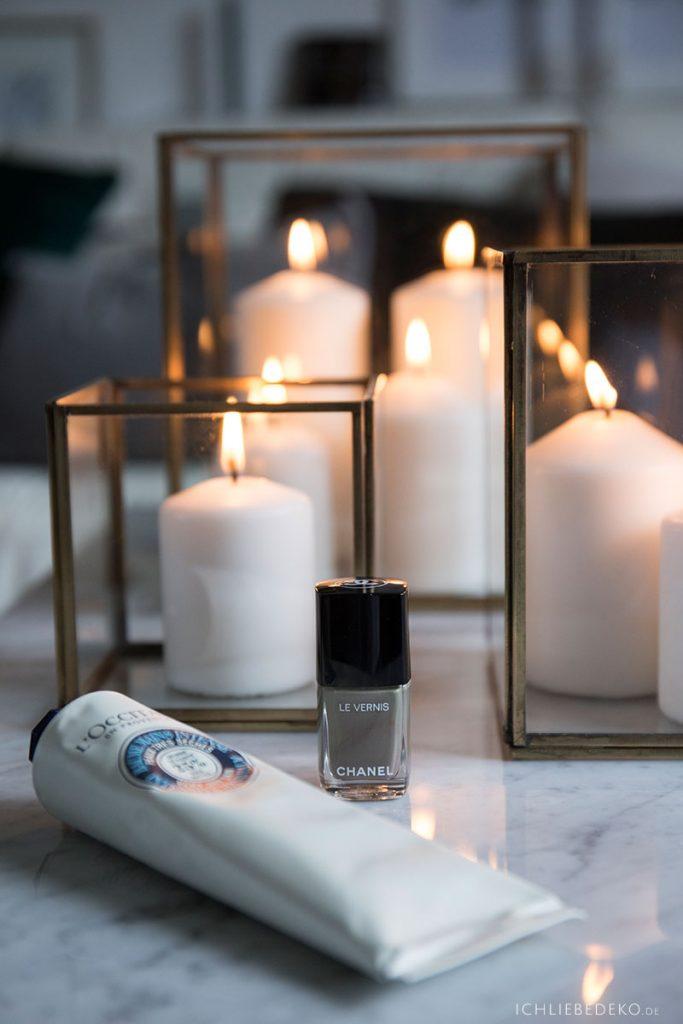 netflix-and-chill-mit-manicure-bei-kerzenschein