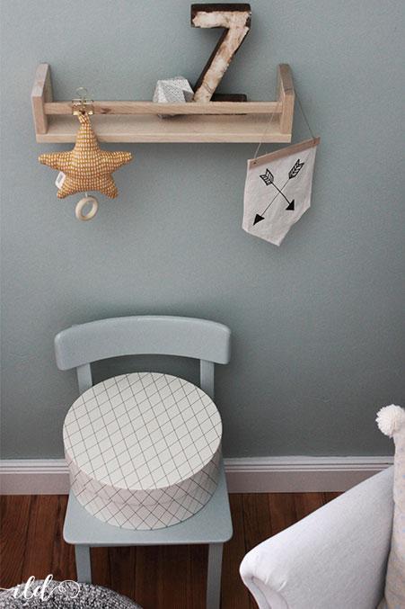 neue-wandfarbe-und-passende-accessoires-im-babyzimmer