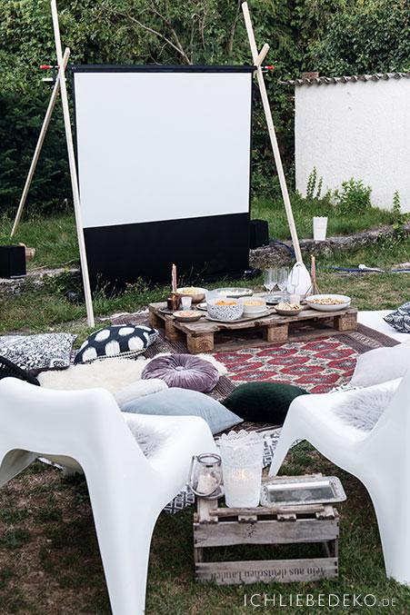 open-air-kino-im-garten