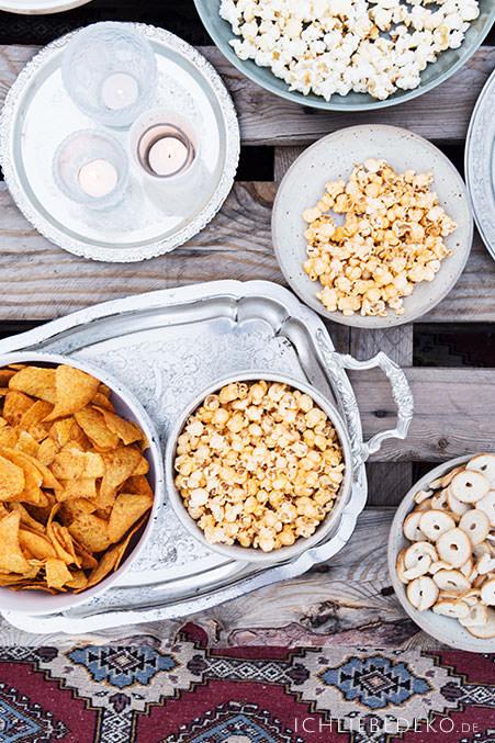 popkorn-und-snacks-fuer-das-open-air-kinojpg